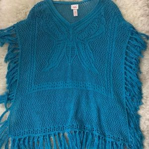 Other - NEW Beautiful blue knitted poncho